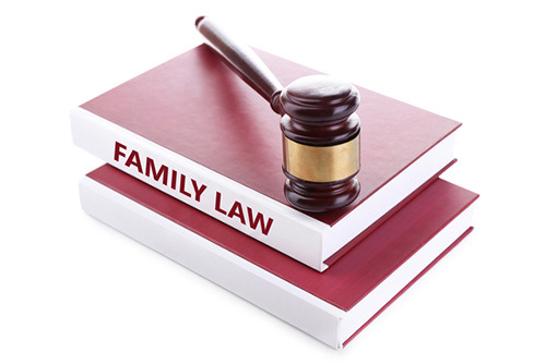 Image of family and divorce lawyer